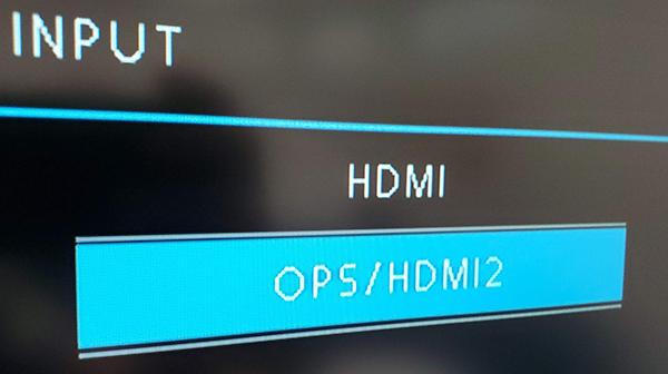 Les options d'affichage d'un panneau SMART, y compris HDMI et OPS/HDMI2